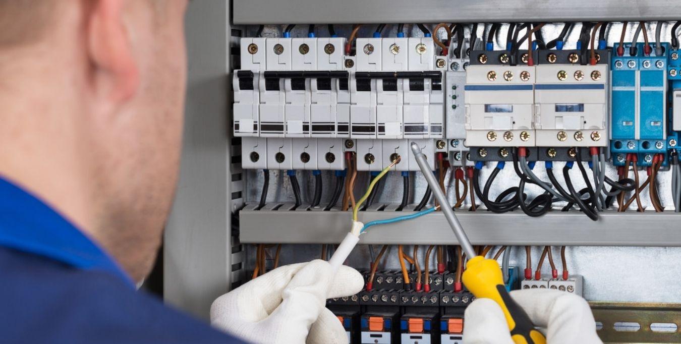 Servicio de electricidad fuerteventura